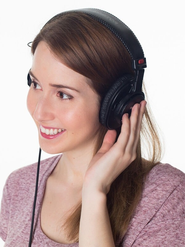 call center woman with headphones